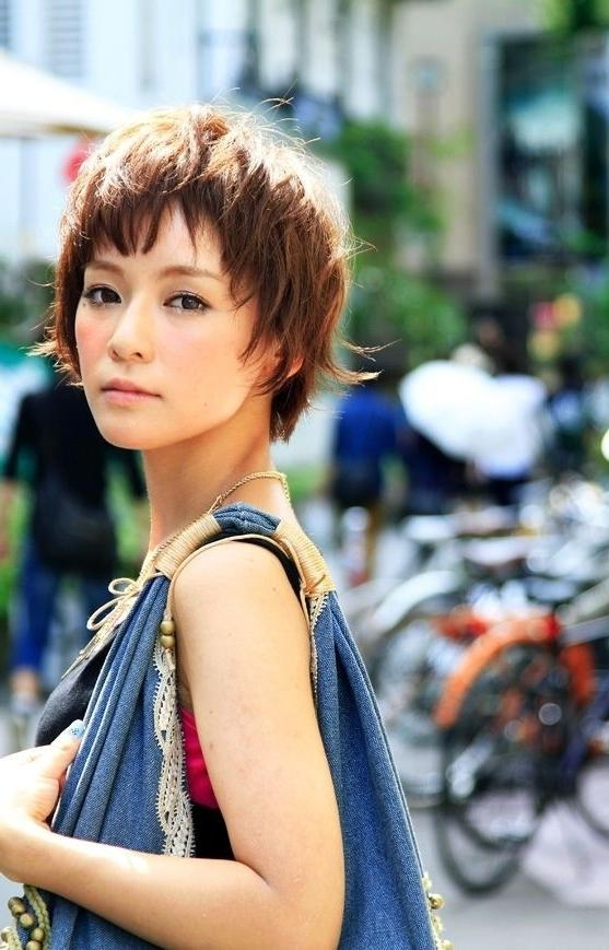 20 Popular Short Hairstyles For Asian Girls – Pretty Designs Regarding Short Hairstyle For Asian Girl (View 9 of 15)