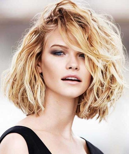 20 Short Haircuts For Thick Wavy Hair | Short Hairstyles Inside Short Hairstyles Thick Wavy Hair (View 9 of 15)