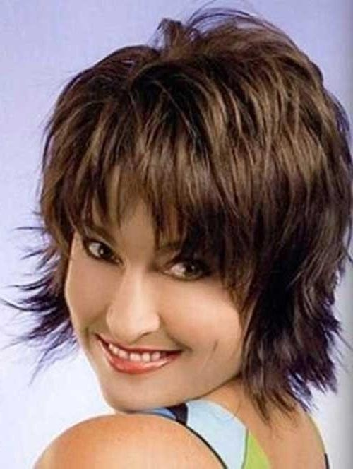 Featured Photo of Short Shaggy Layered Haircut