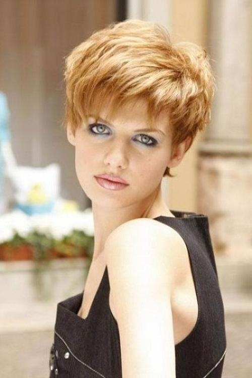31 Funky Short Hairstyles For Long Faces – Cool & Trendy Short Intended For Short Hairstyles For Long Faces Over (View 7 of 15)
