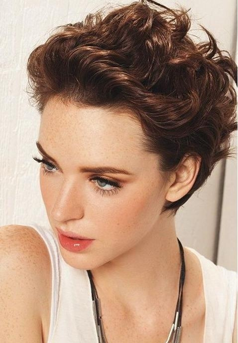 40+ Chic Short Haircuts: Popular Short Hairstyles For 2018 Intended For Short Haircuts For Women Curly (View 10 of 15)