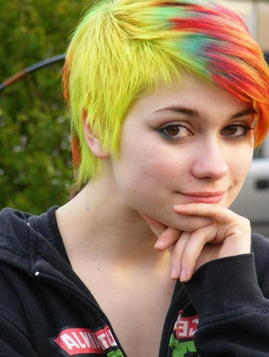60 Delightful Short Hairstyles For Teen Girls Intended For Short Hairstyle For Teenage Girls (View 8 of 15)