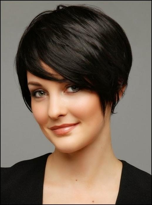Featured Photo of Short Haircuts For Round Face Women