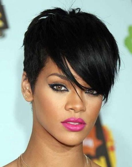 Best 10+ Rihanna Short Haircut Ideas On Pinterest | Rihanna With Short Weaves For Oval Faces (View 11 of 15)