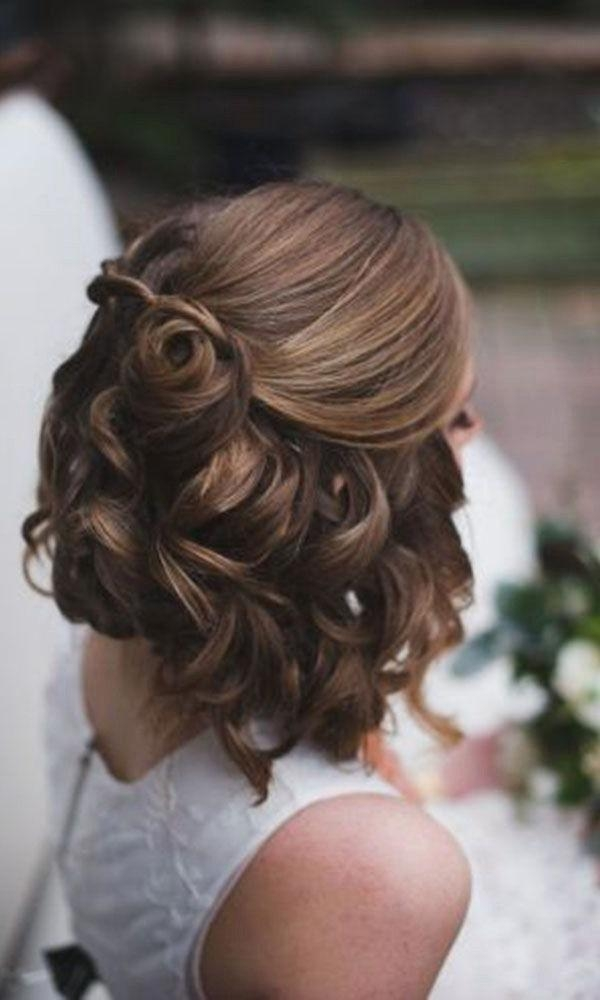 Best 10+ Short Prom Hair Ideas On Pinterest | Short Bridesmaid Within Cute Short Hairstyles For Homecoming (View 8 of 15)