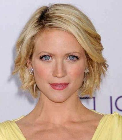Best 20+ Medium Short Hairstyles Ideas On Pinterest   Short Hair Inside Women Short To Medium Hairstyles (View 6 of 15)