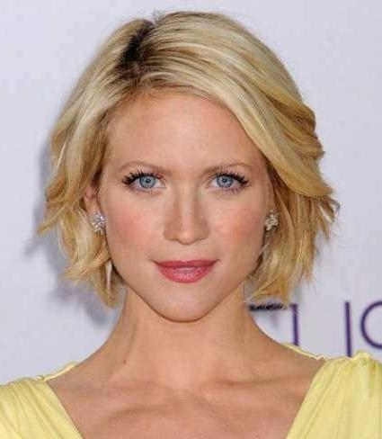 Featured Photo of Short Medium Haircuts For Women