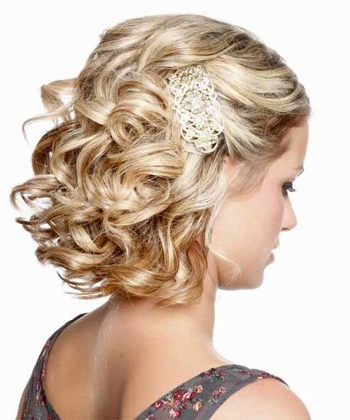Best 20+ Wedding Hairstyles For Short Hair Ideas On Pinterest Regarding Hairstyles For Short Hair Wedding (View 6 of 15)