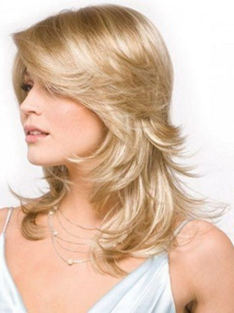 Best 25+ Feathered Hairstyles Ideas On Pinterest | Cortes Cabello Pertaining To Long Hair With Short Layers Hairstyles (View 5 of 15)