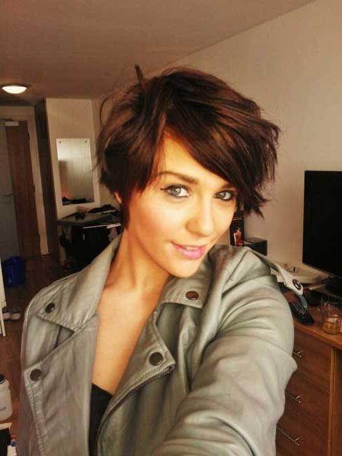 Best 25+ Growing Out Short Hair Ideas On Pinterest | Growing Out Throughout Short Hairstyles For Brunette Women (View 8 of 15)