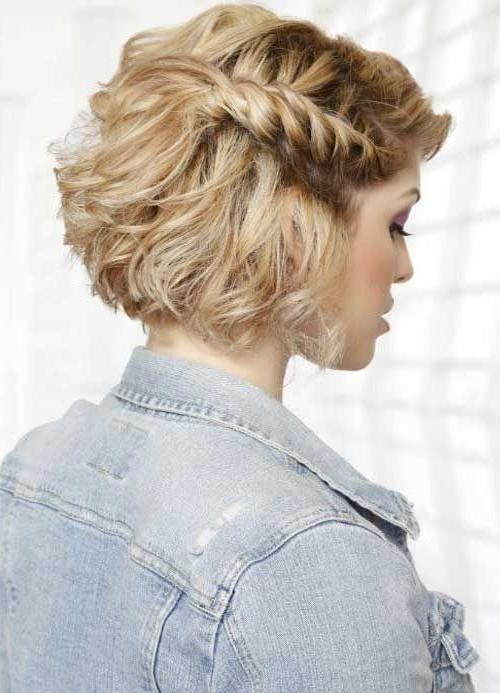Best 25+ Short Hairstyles For Prom Ideas On Pinterest | Short Prom Pertaining To Cute Short Hairstyles For Homecoming (View 11 of 15)