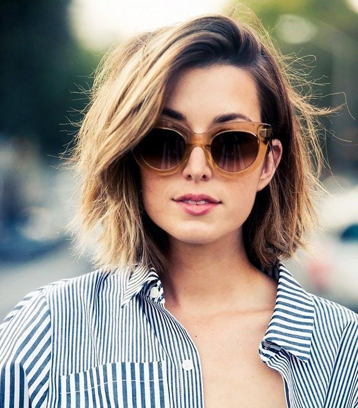 Best 25+ Short Thick Hair Ideas On Pinterest | Medium Short Hair In Short Medium Haircuts For Thick Hair (View 6 of 15)