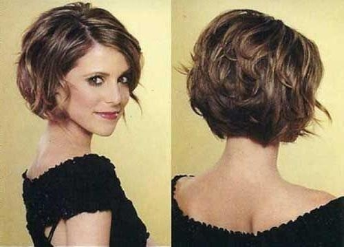 Best 25+ Short Thick Hair Ideas On Pinterest | Medium Short Hair Intended For Short Cuts For Wavy Hair (View 9 of 15)