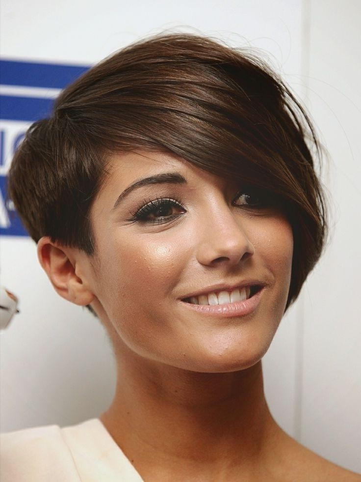 15 best collection of short hairstyles for fine frizzy hair