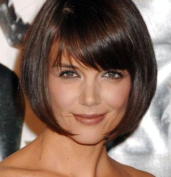 Cut Oval Face Hairstyle With Regard To Short Bobs For Oval Faces (View 13 of 15)