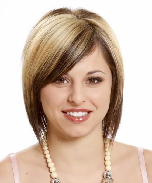 Hairstyles For Your Round Face Shape: Short, Medium & Long Within Medium Short Hairstyles Round Faces (View 6 of 15)