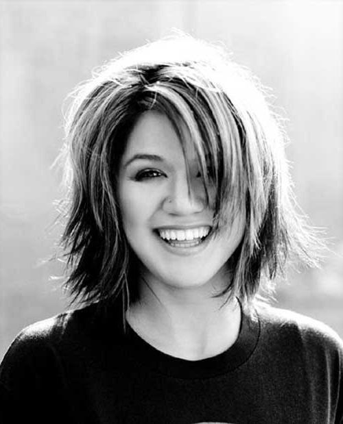 Kelly Clarkson Short Haircut | Short Hairstyles 2016 – 2017 | Most Inside Kelly Clarkson Hairstyles Short (Gallery 1 of 15)