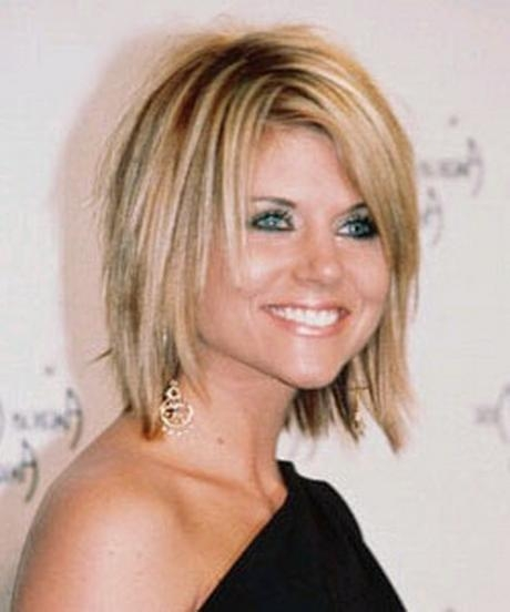 Mid Length Layered Hairstyles In Short To Mid Length Layered Hairstyles (View 14 of 15)