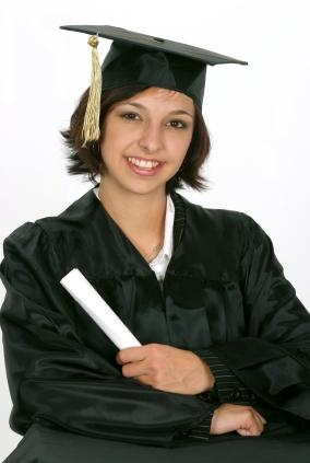 Featured Photo of Graduation Cap Hairstyles For Short Hair