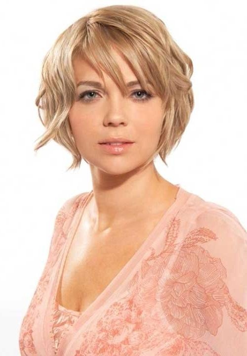 Featured Photo of Short Haircuts For Chubby Oval Faces