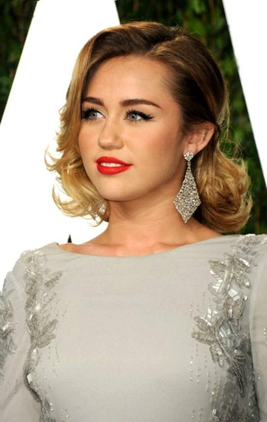 Short Hairstyles: Awesome Short Hairstyles For Wedding Guest Throughout Hairstyles For Short Hair For Wedding Guest (View 7 of 15)