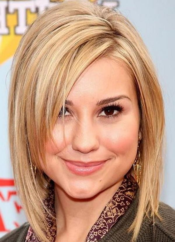 Short Hairstyles For Fat Faces And Double Chins – Hottest Throughout Short Hairstyles For Fat Faces And Double Chins (View 9 of 15)