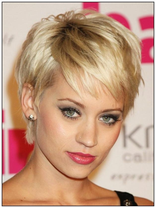 Short Hairstyles For Oval Faces And Fine Hair – Hairstyles Pertaining To Short Hairstyles For Fine Hair And Oval Face (View 8 of 15)