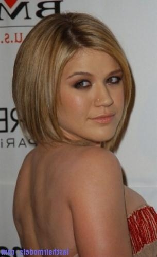 Slanted Bob Hairstyle | Last Hair Models , Hair Styles | Last Hair Intended For Kelly Clarkson Short Haircut (View 14 of 15)
