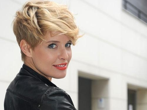 15 Inspirations of Short Trendy Hairstyles For Women