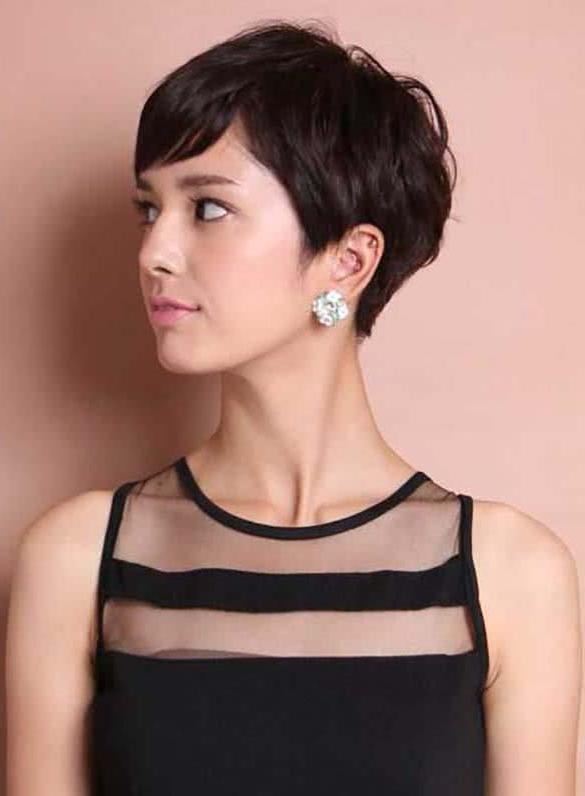 10 Cute Short Hairstyles For Asian Women In Short Hairstyle For Asian Women (View 12 of 15)