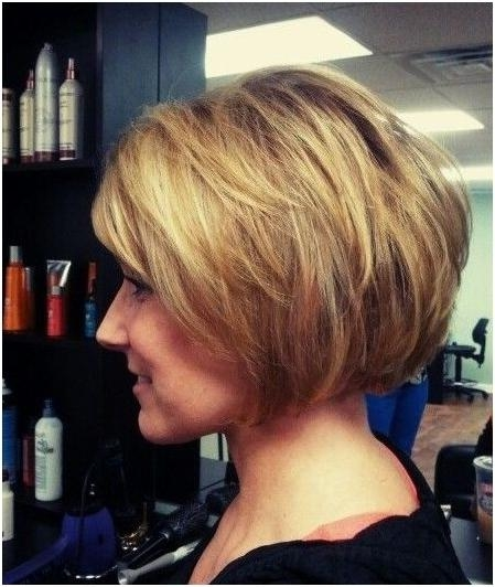 18 Hottest Bob Hairstyles – Popular Haircuts Regarding Well Known Short Bob Hairstyles For Women (Gallery 9 of 15)
