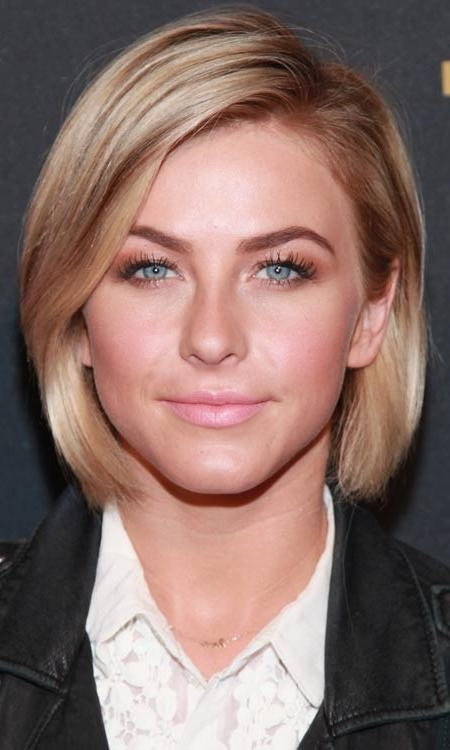 2017 Sleek And Simple Bob Hairstyles For 50 Most Popular Bob Shaped Hairstyles (View 1 of 15)