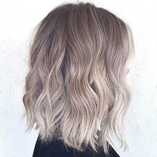 25+ Bob Hair Color Ideas (View 4 of 15)