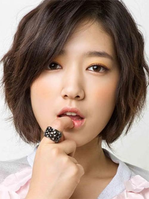 30 Pretty Korean Short Hairstyles For Girls – Cool & Trendy Short Throughout Short Curly Shag Hairstyles For Korean Girls (View 2 of 15)