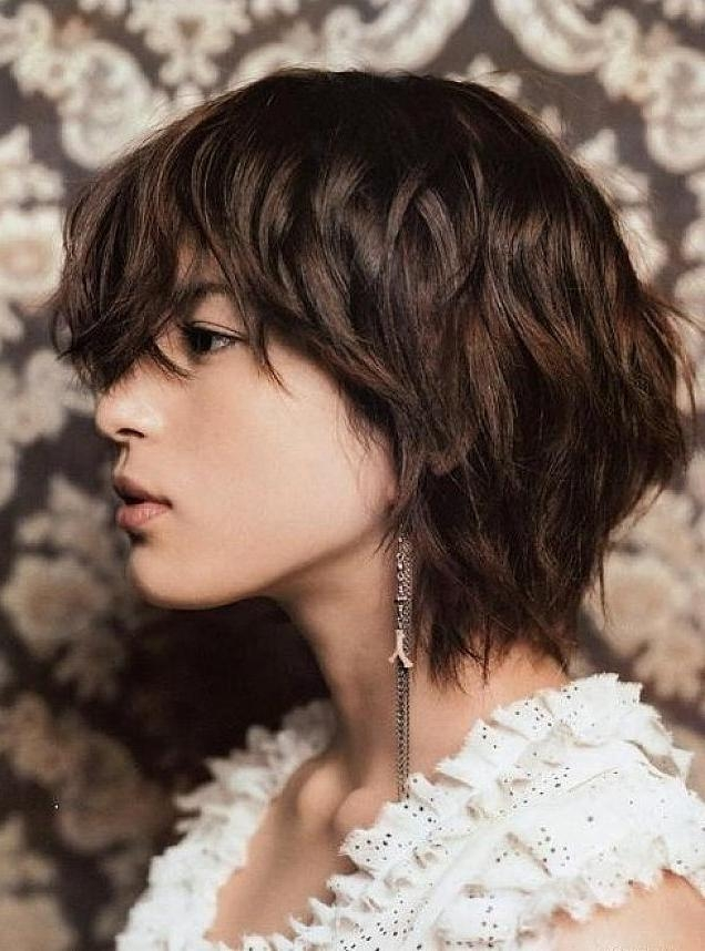 30 Short Wavy Hairstyles For Bouncy Textured Looks Inside Short Curly Shag Hairstyles For Korean Girls (View 3 of 15)