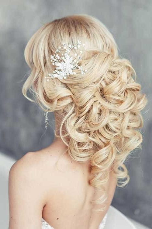 30 Stunning Wedding Hairstyles For Long Hair – Part 5 With Curly Hairstyles For Weddings Long Hair (View 2 of 15)