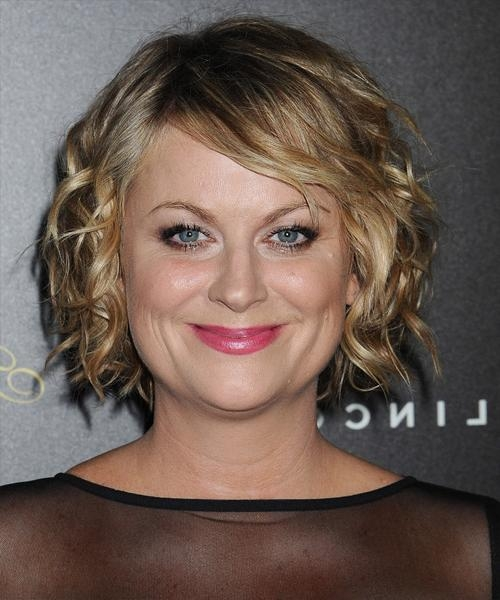 Amy Poehler Short Wavy Casual Hairstyle Intended For 2018 Amy Poehler Bob Hairstyles (Gallery 1 of 15)