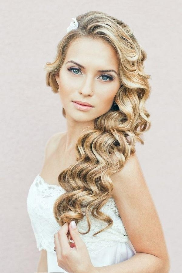 Best 25+ Curly Wedding Hairstyles Ideas On Pinterest | Curly Throughout Long Curly Hairstyles For Wedding (View 3 of 15)