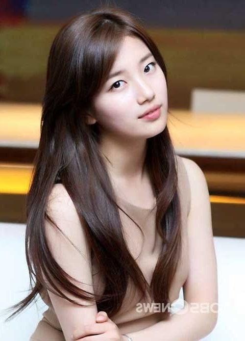 Featured Photo of Korean Long Hairstyles For Women