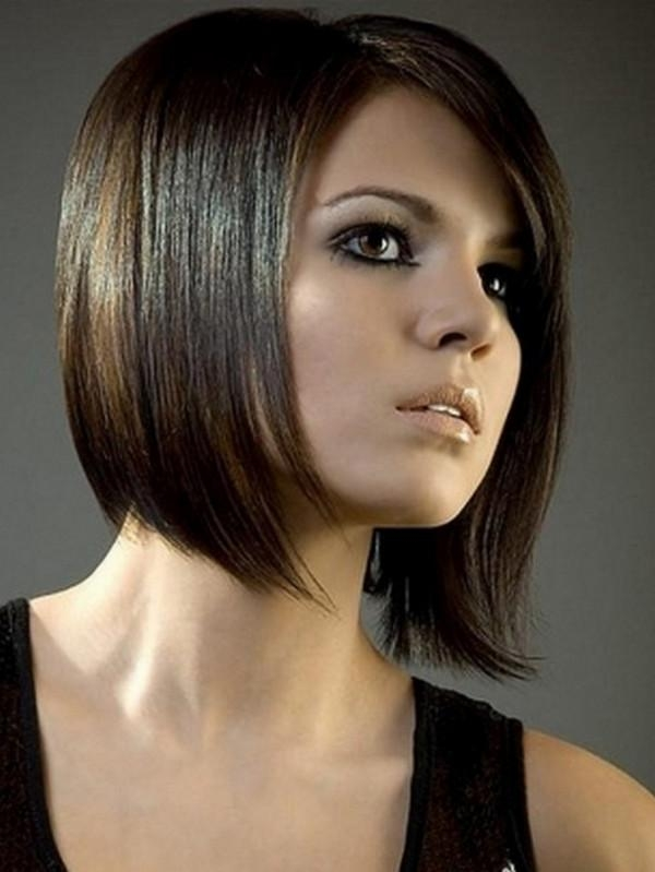 Bob Haircuts For Round Faces Intended For Favorite Inverted Bob Hairstyles For Round Faces (View 6 of 15)