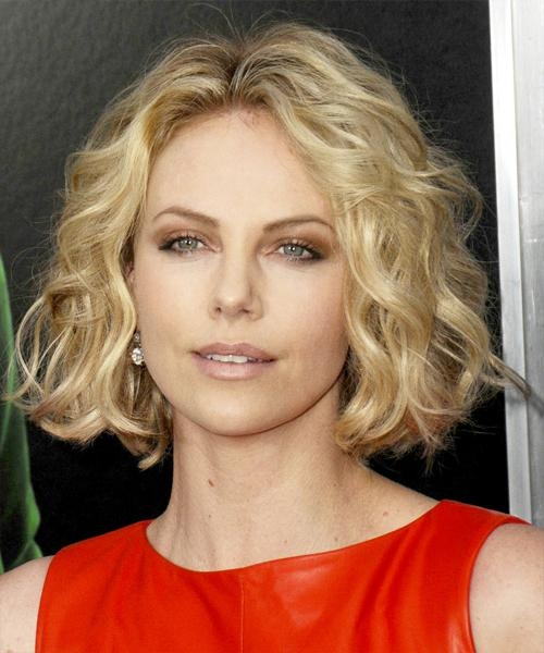 Charlize Theron Short Wavy Casual Bob Hairstyle – Medium Blonde In 2017 Charlize Theron Bob Hairstyles (View 4 of 15)