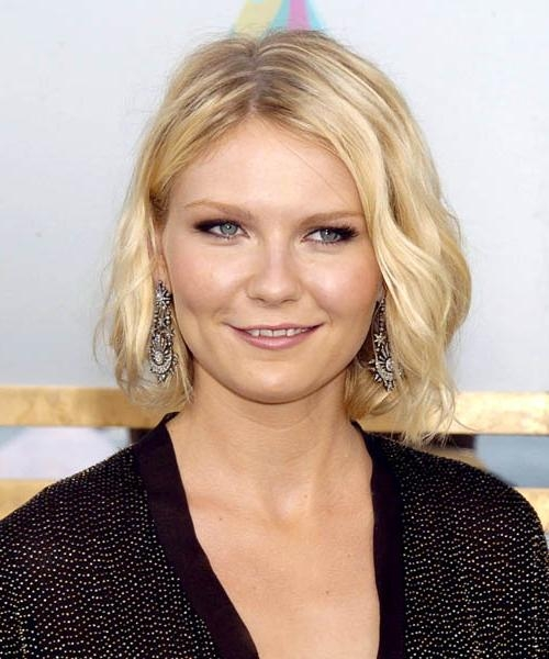 Favorite Kirsten Dunst Bob Hairstyles Intended For Kirsten Dunst Medium Wavy Casual Hairstyle (View 9 of 15)