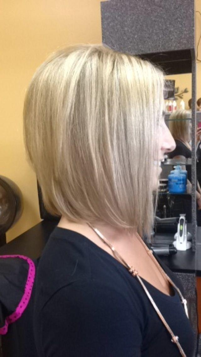 Graduated Bob Inside Newest Medium Length Angled Bob Hairstyles (View 8 of 15)