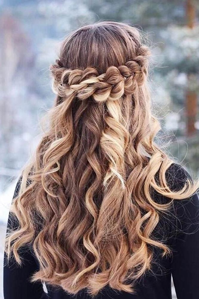 Hairstyles For Graduation – 2017 Creative Hairstyle Ideas With Regard To Long Hairstyles For Graduation (View 12 of 15)