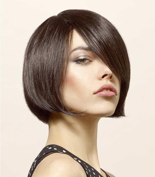 Hairstyles For Long Faces With Regard To Widely Used Unstructured Style Bob Hairstyles (Gallery 5 of 15)