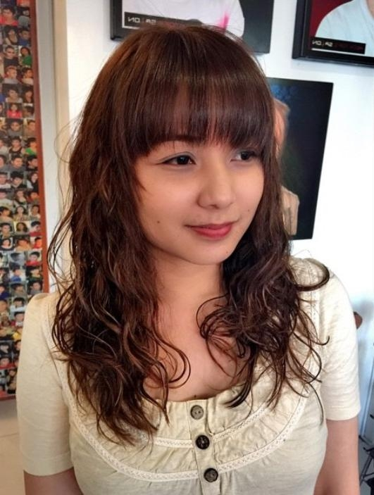 Hairstyles Permed Long Brunette Hairstyle With Bangs Regarding Long Permed Hairstyles With Bangs (View 6 of 15)