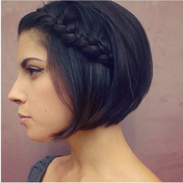 Hairstyles With Popular Simple Style Bob Hairstyles (View 2 of 15)
