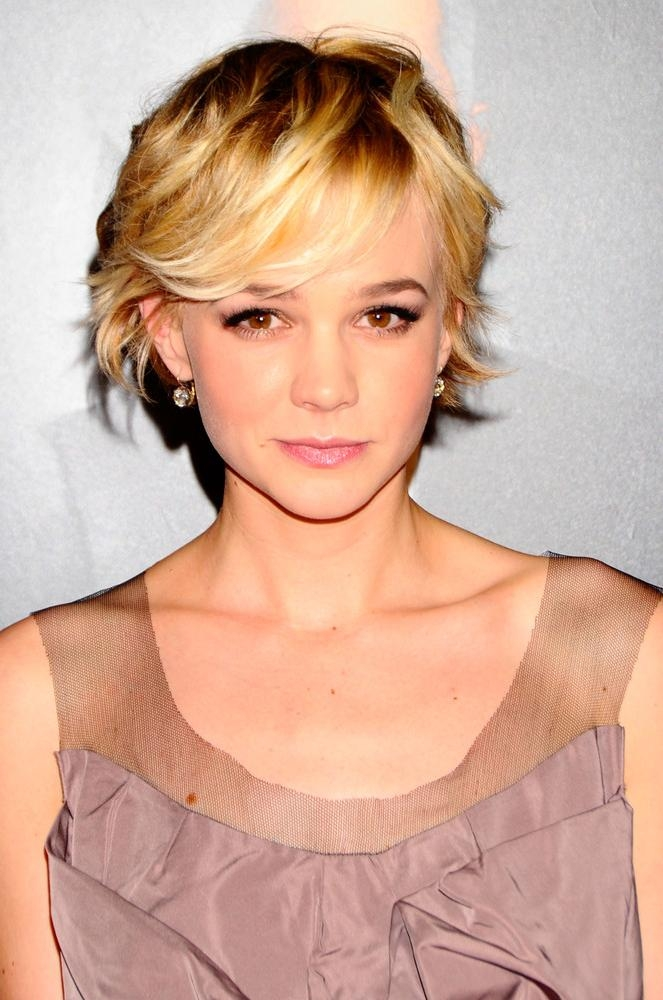 Huffpost Intended For Most Current Carey Mulligan Bob Hairstyles (View 8 of 15)