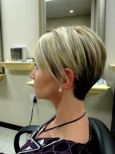 Inverted Bob Haircuts And Hairstyles (View 9 of 15)
