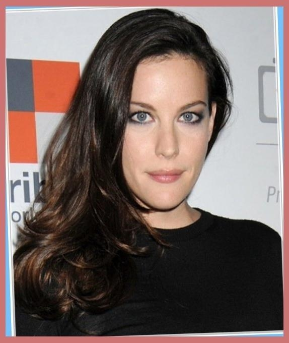Liv Tyler Hairstyles For Narrow Face Shapes : Celebrity For In Long Thin Face Hairstyles (View 12 of 15)